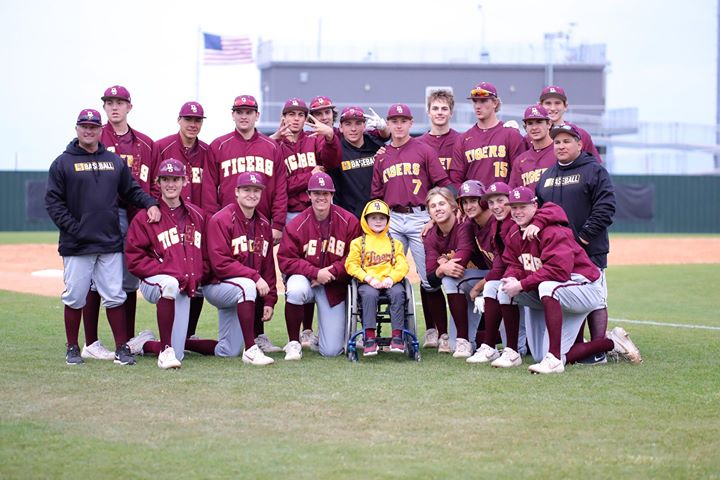Paralysis, a heartbreaking for a little boy who loves baseball